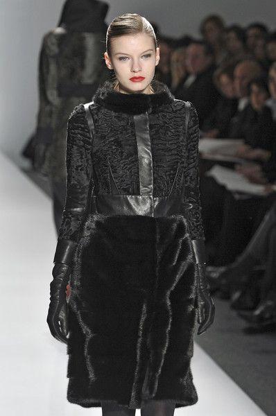 J. Mendel at New York Fashion Week Fall 2009 - Runway Photos