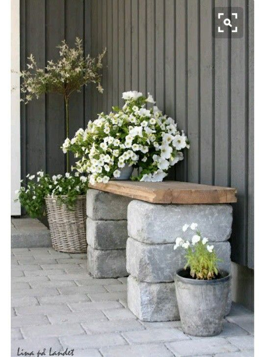 Love this stone wood bench seat ;) ♡