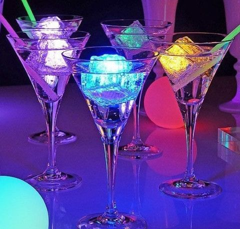 Light Up LED Ice Cubes to brighten any drink! https://glowproducts.com/us/lightedicecubes/