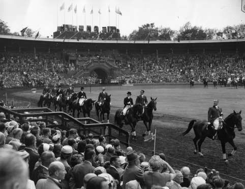 he strong Australian quarantine laws mean that the equestrian events at the Melbourne Olympics in 1956 should be held in Stockholm, Sweden, nearly 10 thousand miles (16093.44 km) away.