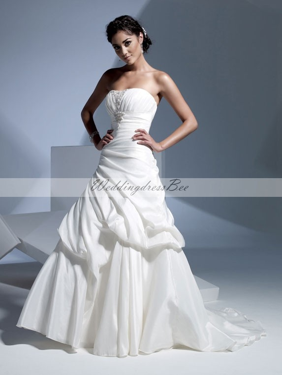 Chic A-line sleeveless taffeta wedding dress (sigh.. Mormon girl problems - no sleeves!!)
