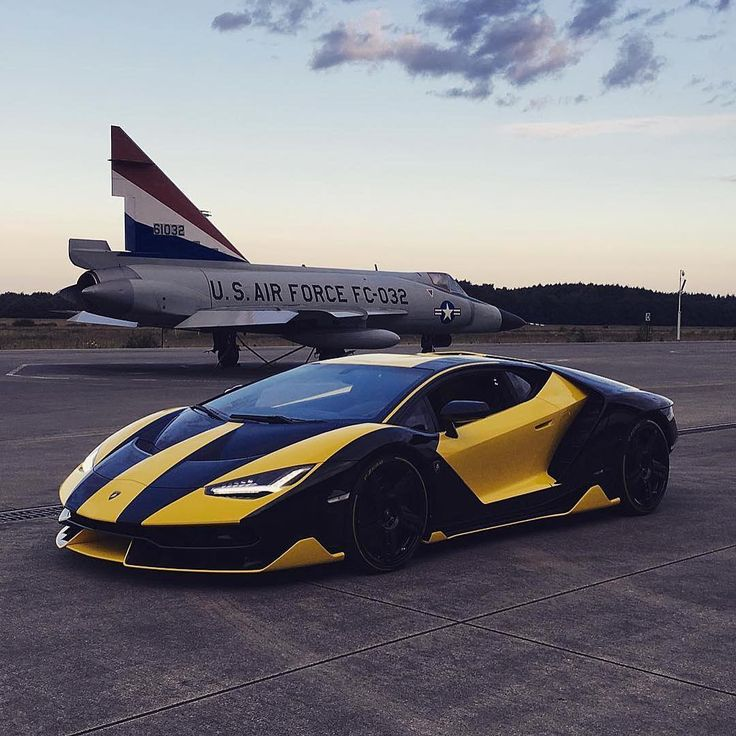 Idk about the wrap it's very bold but hey that's what makes Lamborghini great right