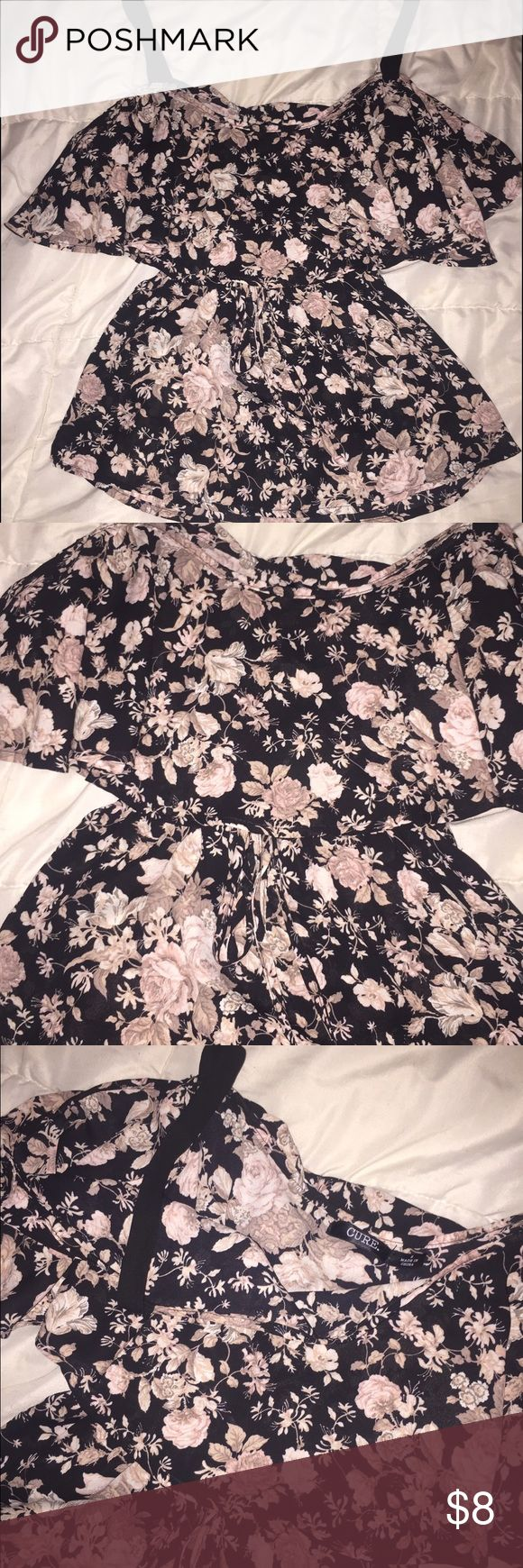 Floral Boho Tank Shirt Super adorable, wore this to a Luke Bryan concert and it was great! It's about 16 inches long and in great condition. Cure Tops Tank Tops