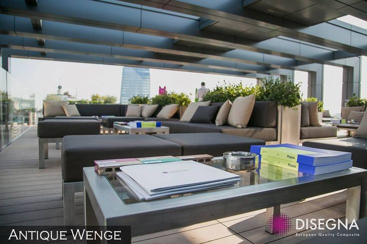 The Disegna Antique Wenge features sleek lines and a modern aesthetic, making it the ideal choice for outdoor terraces and patios.