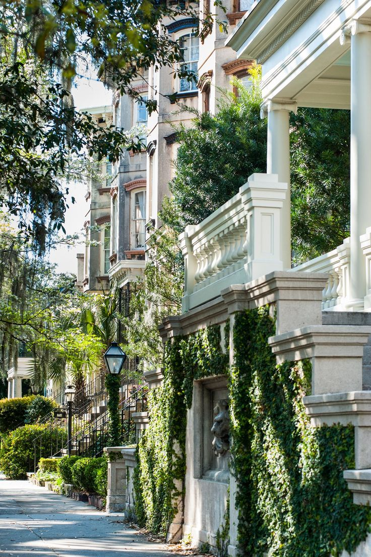 A Savannah Bachelorette Weekend Guide: Where to stay, eat and drink and what to…