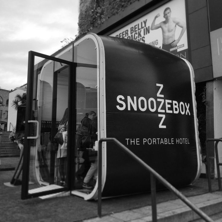 3m AirClad Expo. Used by Snoozebox the portable hotel company as a check in booth.