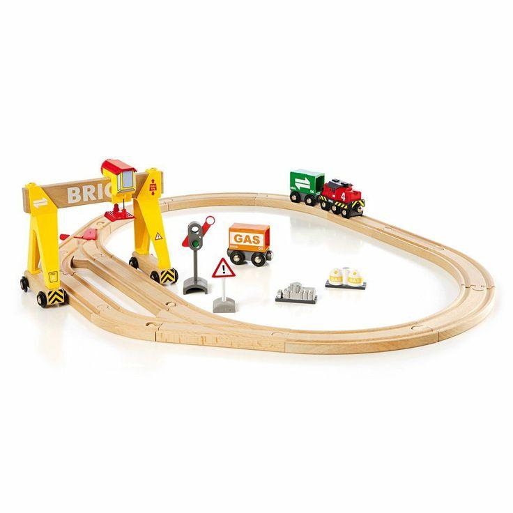 Amazon Com Brio Wooden Crane Train Set Toys Amp Games