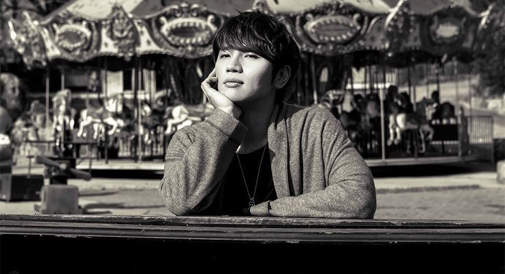 K.Will stays with Starship Entertainment and renews contract