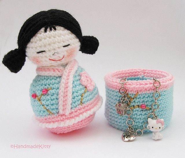 Japanese kokeshi girls jewelry box Amigurumi Crochet Pattern ♥ by HandmadeKitty=^_^=,