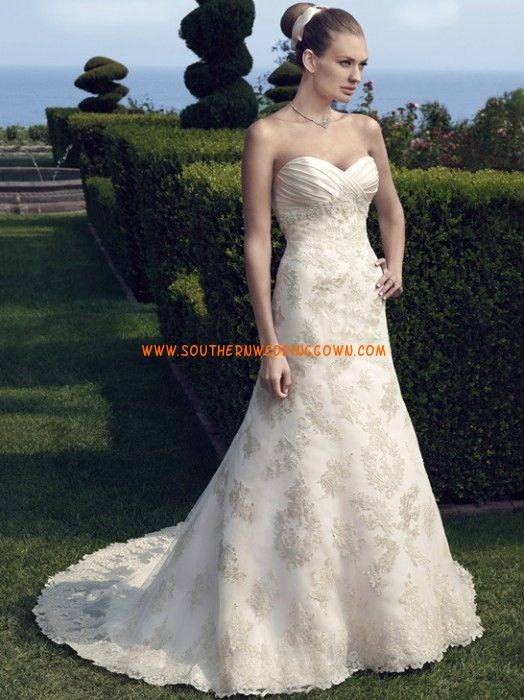 Jiskra a záře Srdíčko Zip Svatební šaty 2014