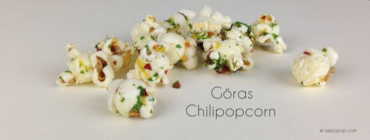 Recept på läckra chilipopcorn som både är smak och färgstarka. Perfekt för att som tilltugg för de nyanlända gästerna.