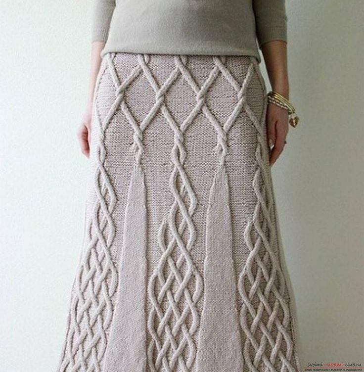 вязаная спицами женская юбка со жгутами. Фото №4