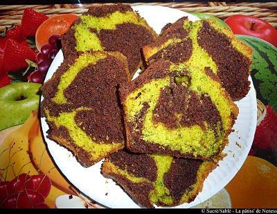 """750g vous propose la recette """"Cake marbré chocolat/pistache"""" publiée par La patiss de neness."""