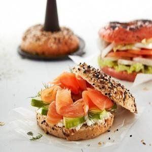 Scopri la ricetta di questa Settimana... Se vuoi vederne la preparazione ti aspettiamo Sabato :-)  http://www.cucinaincasa.com/novita/bagel-classici/2016/6078  #villamontesiro #fratelli_villamontesiro #villa_casalinghi #ul_piatè_de_munt #lèkuè #ricetta