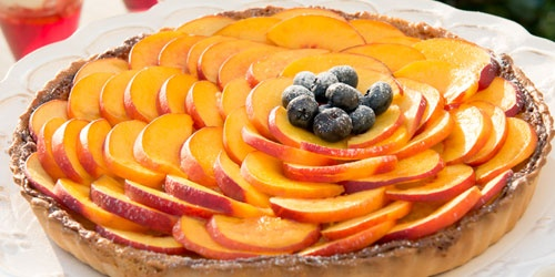 This sophisticated nectarine tart is very easy to prepare, and it tastes as good as it looks.