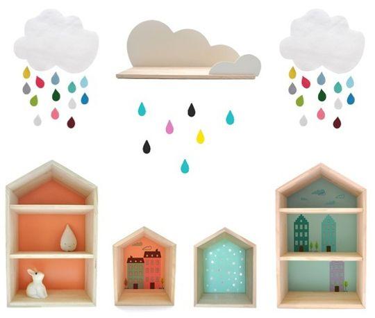 Pequeñas estanterías con forma de casita
