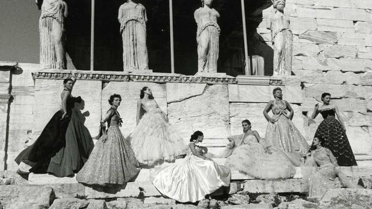 Flashback | Christian Dior Caryatids