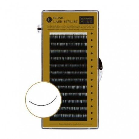 Blink C krul 0.07 mixed 7mm t/m 14mm De 0.07 wimpers zijn bedoeld voor de 3D techniek of te wel ''2D 6D techniek. Met deze techniek krijg je meer volume en de wimpers zijn super zacht.  De lengtes in dit doosje zijn gemixed van 7mm tot 14mm.