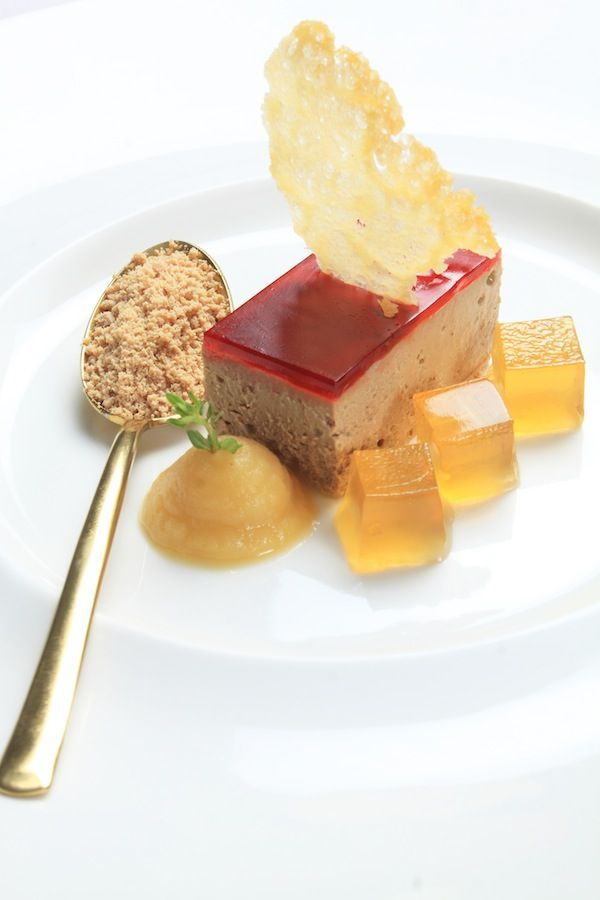 chicken liver parfait with cherry glaze,apple puree n brandy jelly