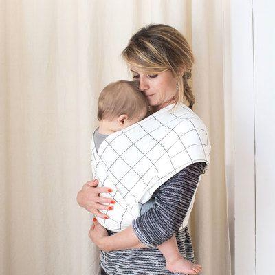 Commandez dès maintenant notre Echarpe porte-bébé BIO - Aztec STUDIO ROMEO. Echarpe de portage BIO, pour le bien-être de bébé. Porte-bébé pratique, actuel et moderne. Porte-bébé facile à utiliser.