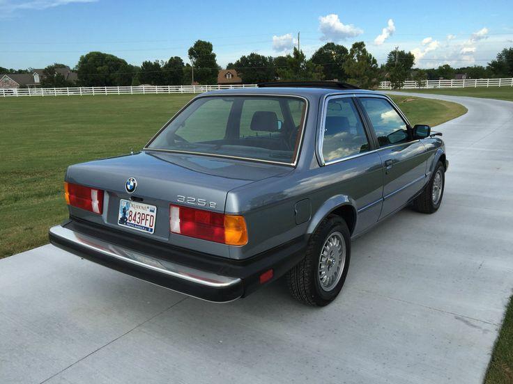 Car brand auctioned:BMW: 3-Series 325e e30 1985 Car model bmw 325 e base coupe 2 door 2.7 l e 30