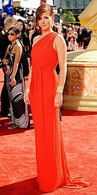 Debra Messing in Lorraine Schwartz, Michael Kors
