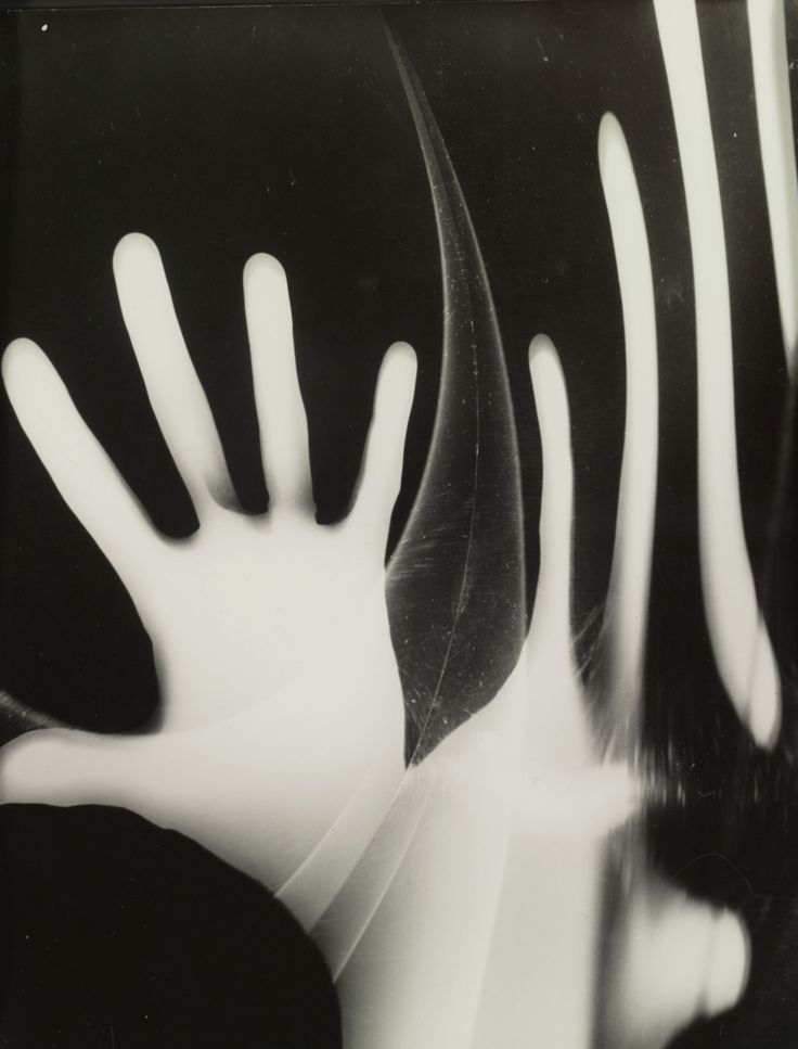 György Kepes (American/Hungarian, 1906–2001) - HAND, gelatin silver print, c. 1939