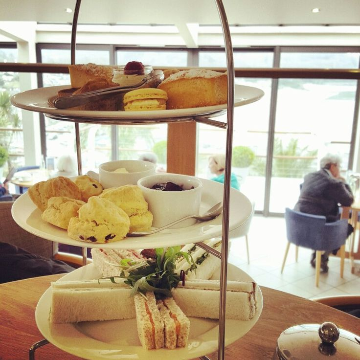 Afternoon Tea for Two at a beautiful seaview hotel in Saundersfoot, Wales, UK