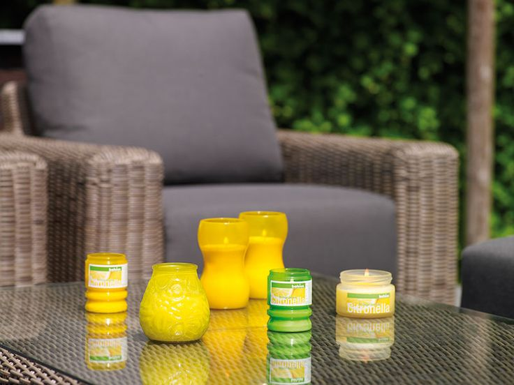 Mit unseren Citronella Düften setzen Sie auf Ihren Outdoor-Veranstaltungen frische und duftende Akzente