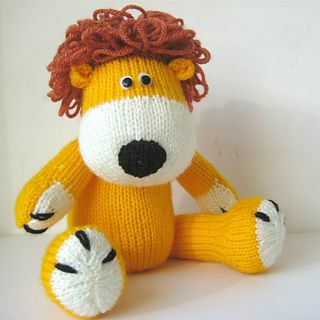 223 best amanda berry knitted toy designs images on pinterest knit samson the lion pattern by amanda berry dt1010fo