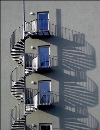 Заказать изготовление наружной металлической лестницы | lestnitsy.ru
