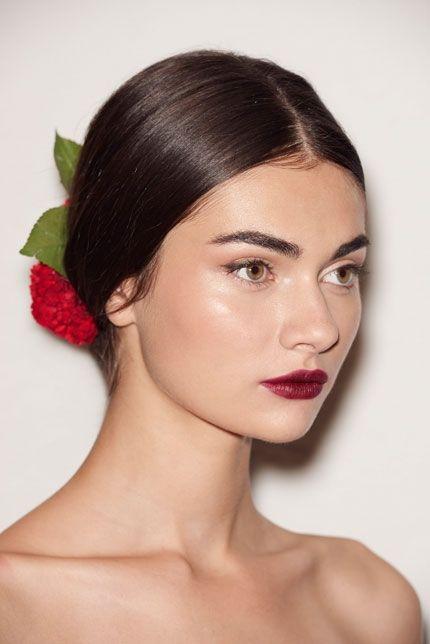 Best 20+ Spanish Hair ideas on Pinterest   Simple hair updos ...