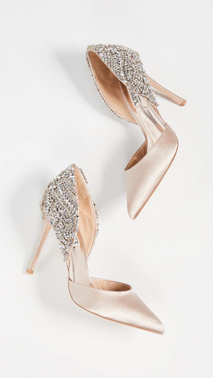 18 Of The Most Beautiful Bridal Shoes Ever Chic Vintage Brides Gold Bridal Shoes Unique Wedding Shoes Bridal Shoes