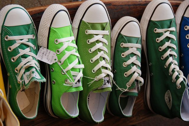 I'm having a hard time deciding what kind of shoes I want. Heels or flats.. or do I be Me and wear my green converses?