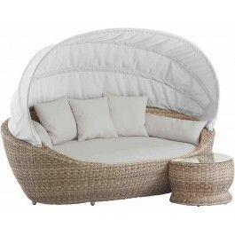 <p>De Lounge eiland Paradiso bestaat uit een grote ovale loungebank van hoogwaardige ronde vlechtdraad, samen met een bijpassend tafeltje.</p><p>Verstelbare luxe stoffen luifel.</p>