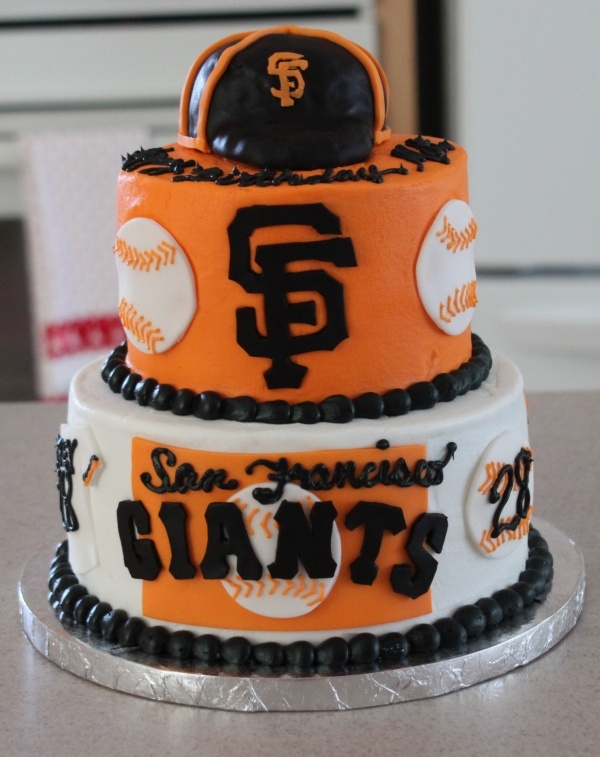 Chad loved this cake! He is a Giants fan!!! It turned out really cute. the only thing my mom did different on the top was put a real baseball  that Chad had signed by Bruce Bochy!