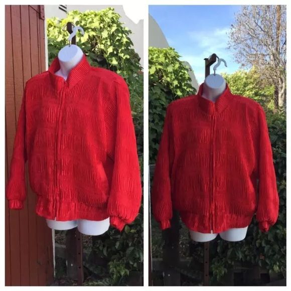 Vintage 1990s red bomber jacket Jacket is in excellent condition Jackets & Coats Puffers