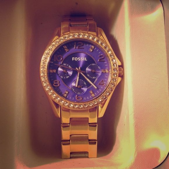 Rose gold Fossil watch. Rose gold and purple Fossil watch. Battery still works and has only been worn a couple times. Fossil Accessories Watches