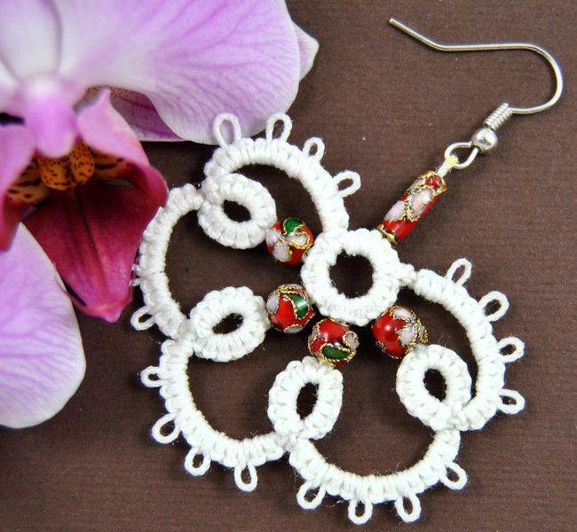 Kolczyki frywolitka  w Positively Crazy na DaWanda.com #biżuteria#handmade#earrings#jewelry#art#koronka#beautiful#rękodzieło#ręcznie#robione#handicraft#buy#lace#kolczyki#frywolitka#wiszące#tatting#occhi#Ohrringe#Schmuck#Kunsthandwerk