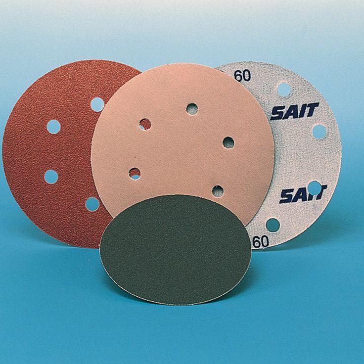 Los discos con velcro deben ser utilizados con máquinas rotorbitales para trabajos de desbaste de la madera o de pulido de superficies barnizadas. Se caracterizan por la facilidad de instalar en la máquina, la cual va provista de un soporte velcrado por lo que se une al disco de forma sencilla y segura. Las medidas más comunes son de diámetro 150 m.m. y 127 m.m., dependiendo del soporte velcrado de la máquina.  http://lacasadepinturas.com/subcategoria/ABRASIVOS/3/DISCOS%20VELCRO