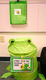 """Freddie the Phoneme Finder - kids bring something from home that has that week's """"sound"""" and put it inside...love this!"""