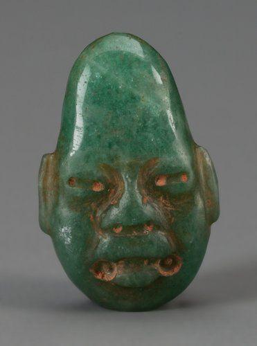 Pre-Columbian:Stone, An Olmec Jade Pendant. 1200 BC - 300 AD...