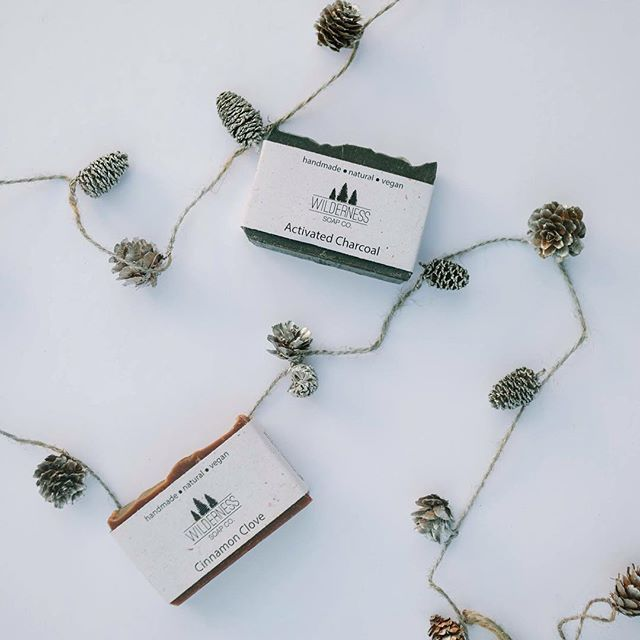 I can't believe we're only one month away from Christmas... So crazy! For anyone placing holiday orders, make sure you use the code HOLIDAY15 for 15% off! (Shop link in bio)  @kaylayestal #wildernesspure #wildernesssoapco