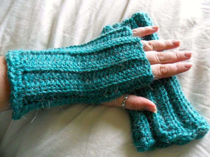 Alpaca Fingerless Gloves - Wool Fingerless Gloves - Wrist Warmers - Texting Gloves - Arm Warmers - 9 Colors to Choose From