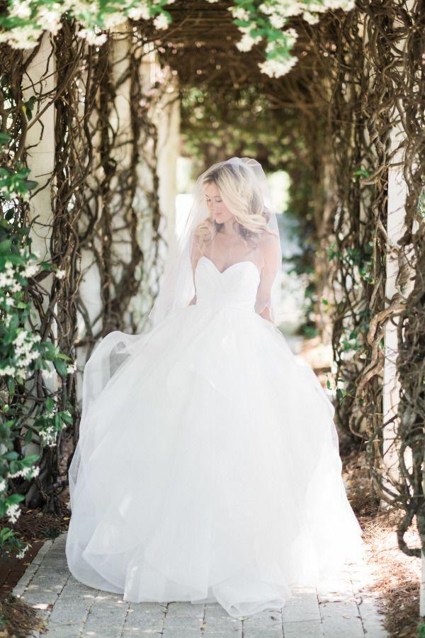 Breathtaking elegant sweetheart neckline cinderella ball gown: http://www.stylemepretty.com/2016/09/14/backyard-wedding-in-panama-city/ Photography: Justin DeMutiis - http://justindemutiisphotography.com/#home/