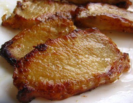 Cu totii stim ca porcul nu este cea mai slaba carne, iar modul de a prepara friptura de porc conteaza enorm pentru sanatatea noastra. Desi pare mult mai usor si