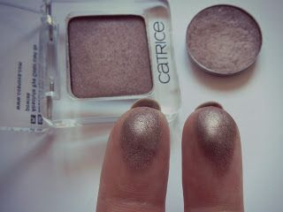 MAC Satin Taupe = Catrice My First Copperware Party