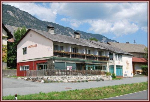 Pension Nähe Pressegger See zu Verkaufen  Objektbeschreibung  Das Gebäude liegt südseitig ca. 8 km von Hermagor an der Bundesstraße B111 mit Aussicht auf die karnischen Alpen. Der Presseggersee ist in wenigen Minuten erreichbar, und die allbekannte Skiregion am Nassfeld ist in nur 15 Kilometern zu erreichen.   - Lesen Sie mehr: http://heimat-immobilien.com/immobilien/pension-naehe-pressegger-see-zu-verkaufen-2/