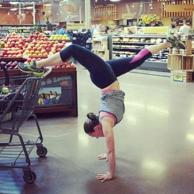 #Yoga in the grocery store #dedication