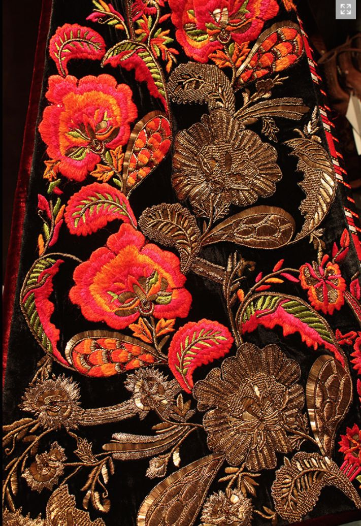 Indian Kitchen Design: Embroidery Motifs, Hand Work Embroidery
